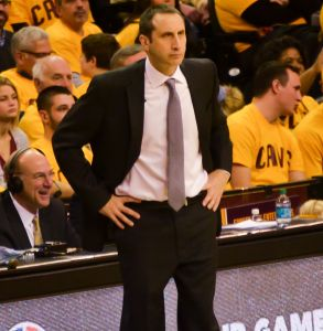 David Blatt coaches from the sideline during a Cleveland Cavaliers game. Erik Drost/Wikimedia Commons.