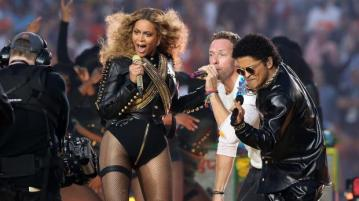 Feb 7, 2016; Santa Clara, CA, USA; Recording artist Beyonce, Coldplay singer Chris Martin and recording artist Bruno Mars perform during halftime in Super Bowl 50 at Levi's Stadium. Mandatory Credit: Matthew Emmons-USA TODAY Sports