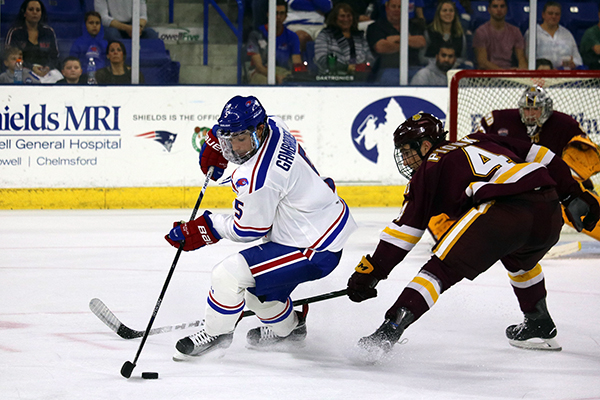 River Hawks finish series against Bulldogs with another tie