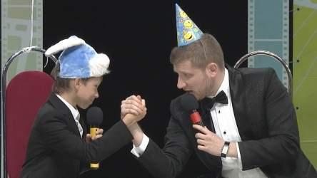 КВН Сборная банкетных ведущих - 2014 Первая лига Первая 1/2 Приветствие