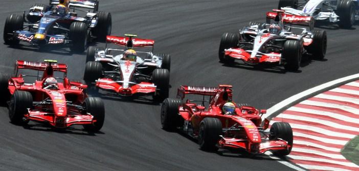 2007_brazilian_gp_4_drivers_at_start