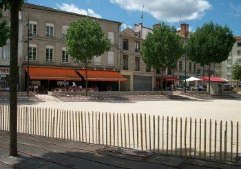 Place Saint-Pierre avant et après
