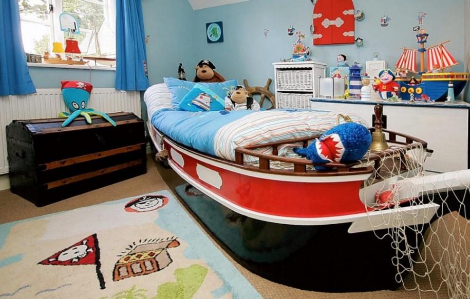 かわいらしいお船のベッド