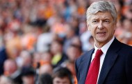 "Wenger: ""United & Arsenal can still finish top"""
