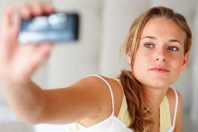 ragazza sexting