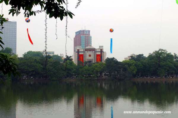 Old Quarter Hanoi lago hoan kiem