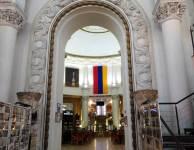 Interior del pabellón de Armenia VDNKh