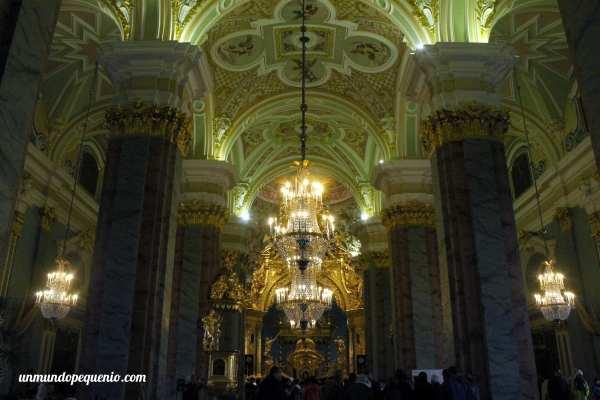Interior de la Catedral de San Pedro y San Pablo