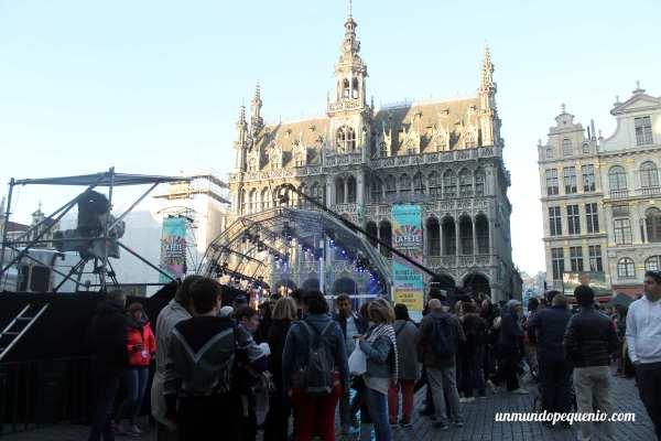 Grand Place de Bruselas en un festival