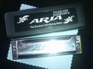 ARIAハーモニカAH-1020