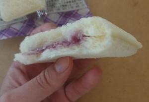 スナックサンドブルーベリー&レアチーズ4
