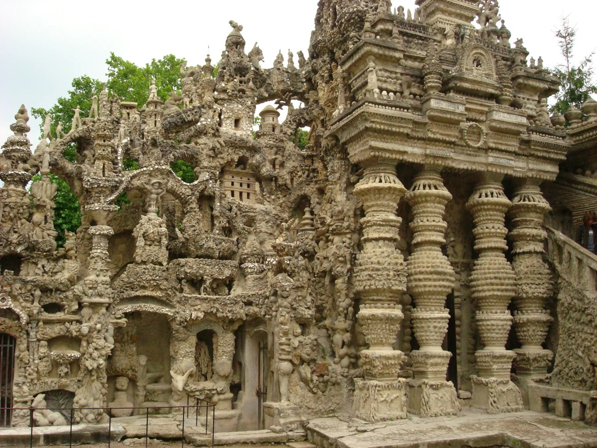 Ferdinand Cheval's Perfect Palace