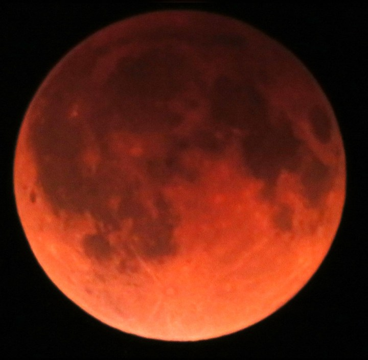 NASA reports the following datesfor lunar eclipses in 2014-15: 1