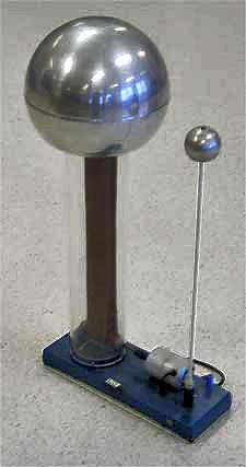 Photograph of a Van de Graaff generator.