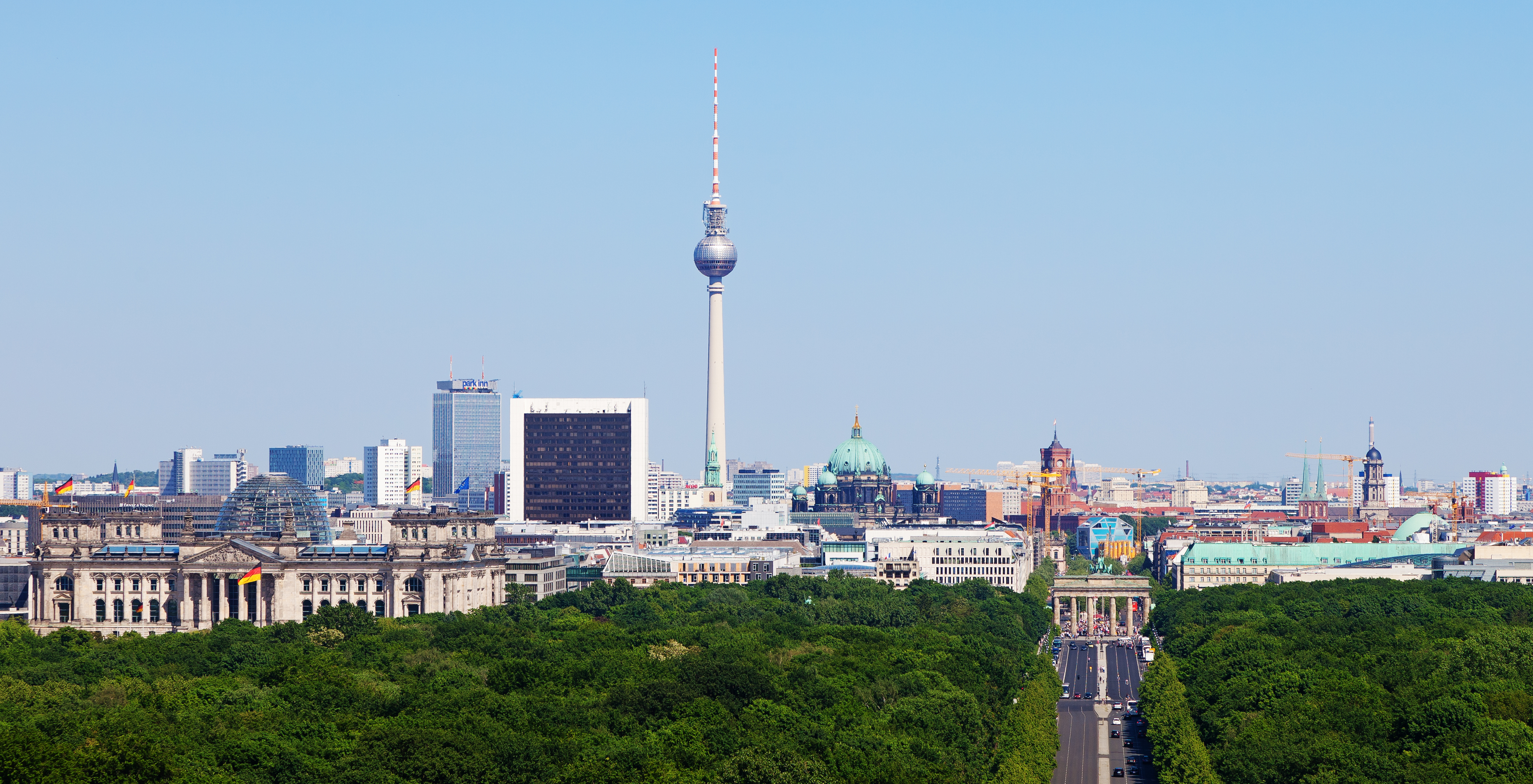 Berlin   Wikipedia Berlin Mitte landmarks from left to right  seen from Victory Column    Reichstag building  Fernsehturm  Cathedral  City Hall  Brandenburg Gate