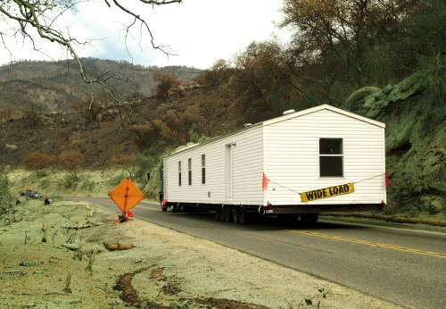 Noble Fema 33714 A Mobile Home Being Moved Tennessee California Moving A Mobile Home Without Axles Moving A Mobile Home