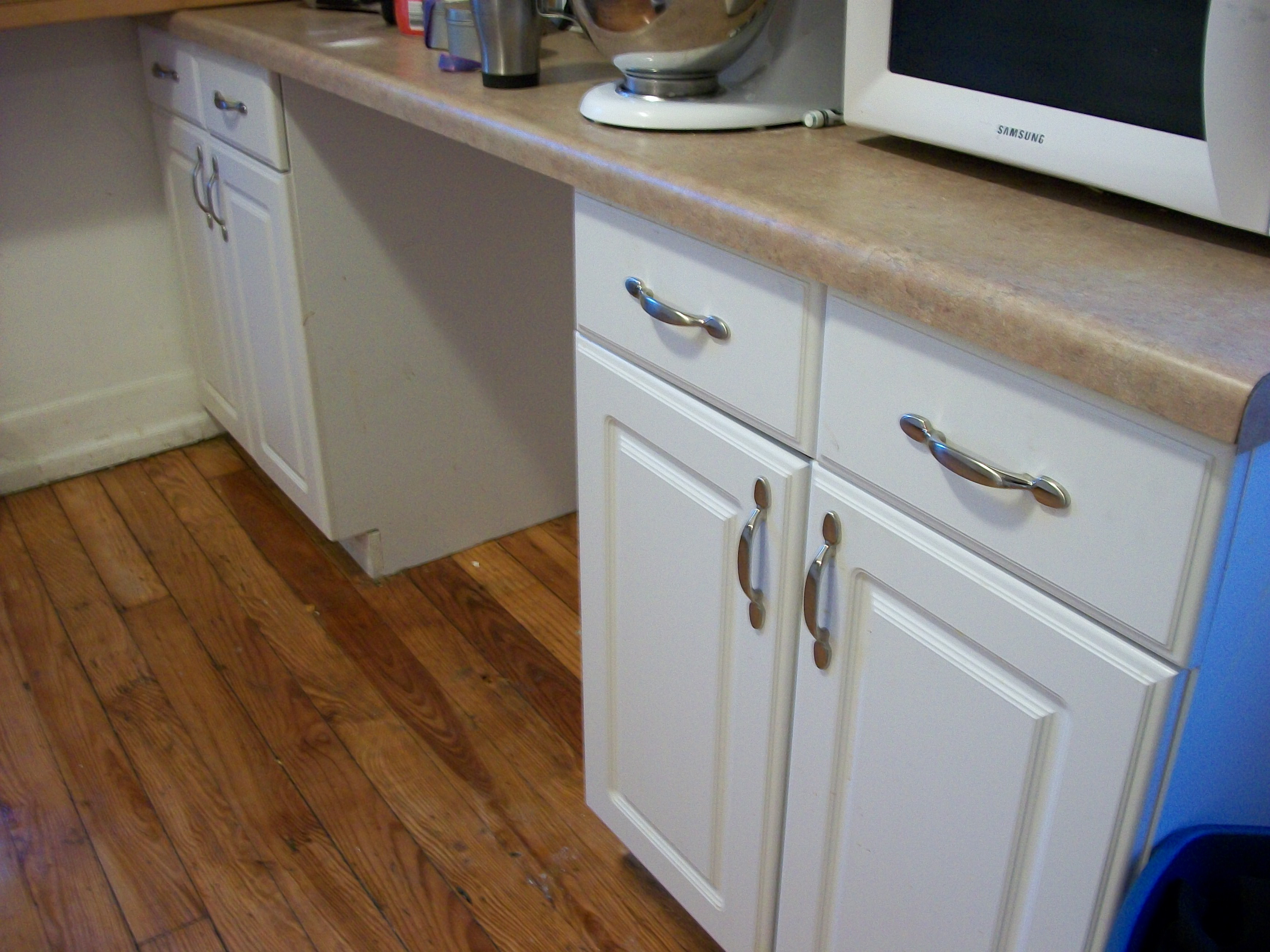 File:Kitchen cabinets drawers installed install kitchen cabinets File Kitchen cabinets drawers installed