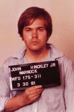 http://i1.wp.com/upload.wikimedia.org/wikipedia/commons/d/d9/John_Hinckley,_Jr._Mugshot.png?resize=154%2C231&ssl=1