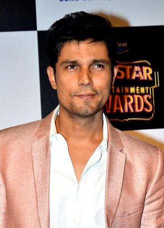 File:Randeep Hooda BIG Star Entertainment Awards.jpg
