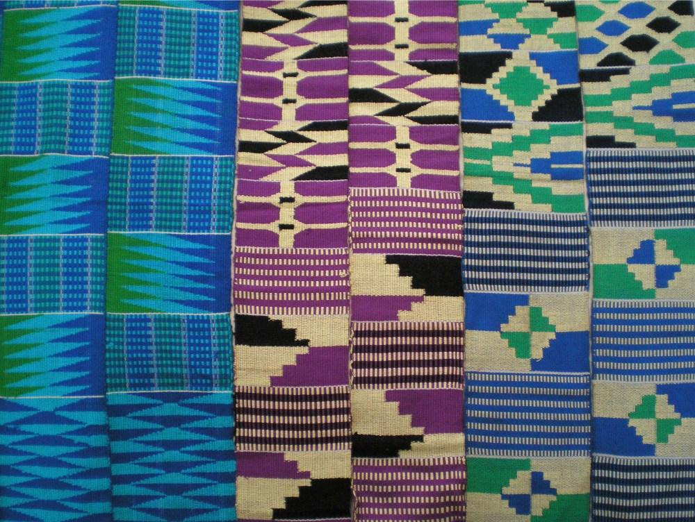 Ewe_kente_stripes,_Ghana.jpg (2810×2115)