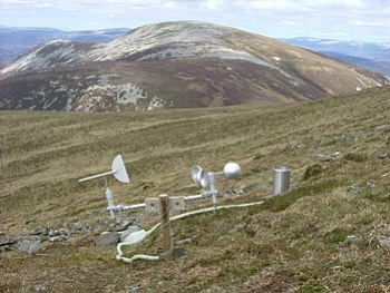 English: Remote Weather Station. Experimental ...