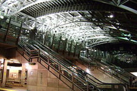 220px jamaica station arch