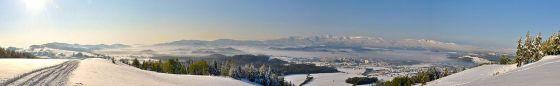 Panorama Karkonoszy z Góry Szybowcowej w Górach Kaczawskich