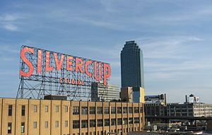 300px Silvercup Studios and Citicorp Building from Queensboro Bridge Filming Around Town 4/23/2013