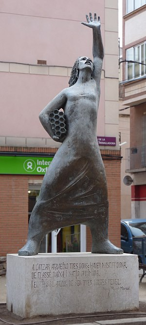 English: The monument to the working woman, Ra...