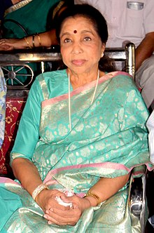 Asha Bhosle at Bhubaneswar.jpg