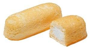 English: Hostess Twinkies. Yellow snack cake w...