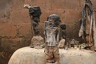 Folk religions in Africa - Voodo Altar