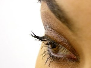 Eye makeup of a woman. Polski: Makijaż kobiece...