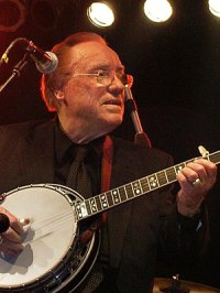 2005 picture of USA banjo player Earl Scruggs