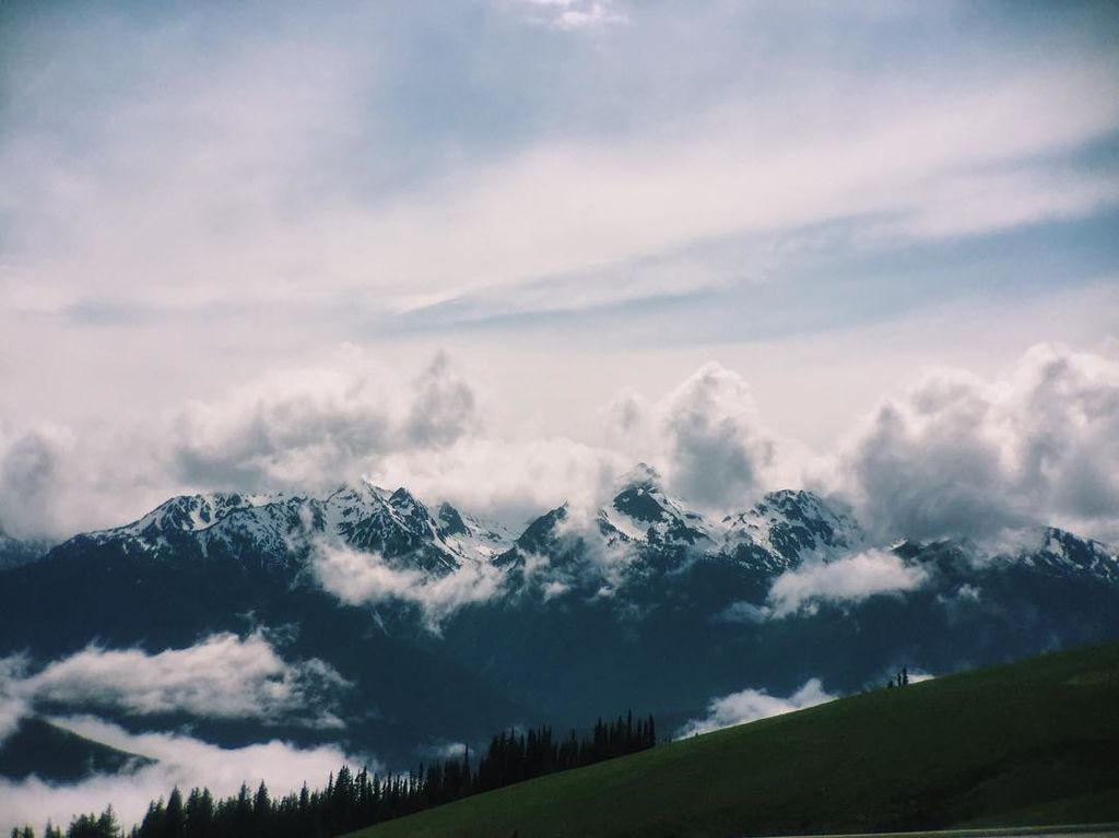 Hurricane Ridge at Olympic National Park - Clouds