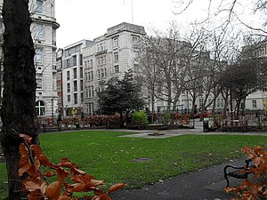 English: Queen Square on New Year's Eve