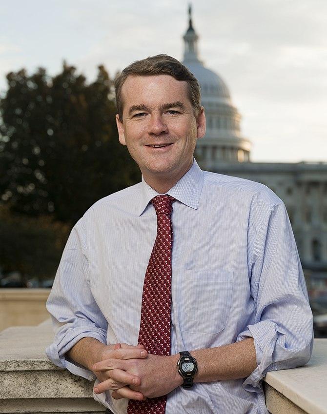 English: Official photo of Senator Michael Ben...