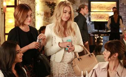 Pretty Little Liars - Of Late I Think of Rosewood