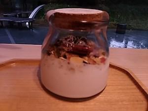 ココナッツヨーグルトCOYOコヨとは?カロリーと作り方ELLEcafeでも発売!