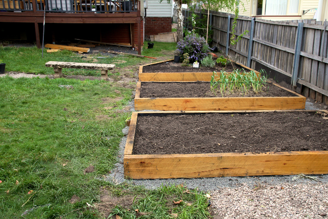 garden-beds-slope