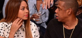 "In New Book, Huckabee Suggests Jay-Z Is Acting Like a ""Pimp"" by ""Exploiting"" Beyoncé"