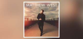 "Matthew West Announces Fall Dates for ""Live Forever"" Tour With Francesca Battistelli"