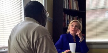 Hillary Clinton Wins Over a Voter With Corinthians 13