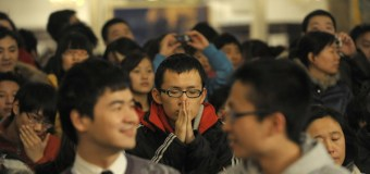 Students from China Come to America to Study and Find Jesus