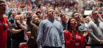 Amid Changing U. S. Attitudes, Some Evangelicals Resist, Others Adapt