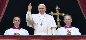 In Christmas Day Message, Pope Francis Calls for Peace