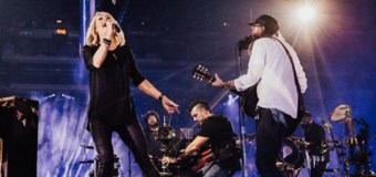 Carrie Underwood Crashes David Crowder's Worship Set at Passion Conference 2017 (Video)