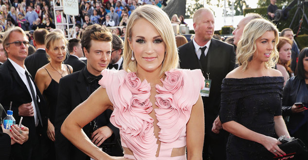 Carrie Underwood arrives to the 74th Annual Golden Globe Awards held at the Beverly Hilton Hotel on Jan. 8, 2017 in Beverly Hills, Calif. (Neilson Barnard/NBCUniversal/NBCU Photo Bank via Getty Images)