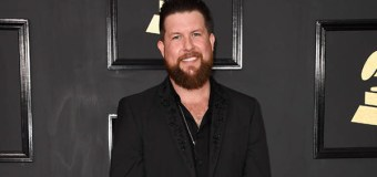 "Zach Williams' ""Chain Breaker"" Spends 15 Weeks at No. 1"