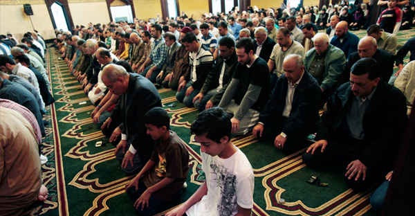 Muslim men pray in Dearborn, Michigan. (REBECCA COOK/REUTERS)